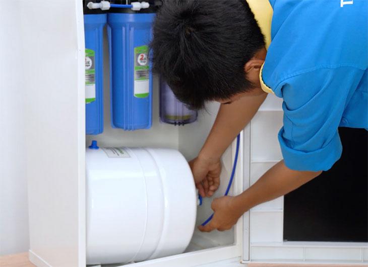 Hướng dẫn lắp đặt máy lọc nước gia đình 6