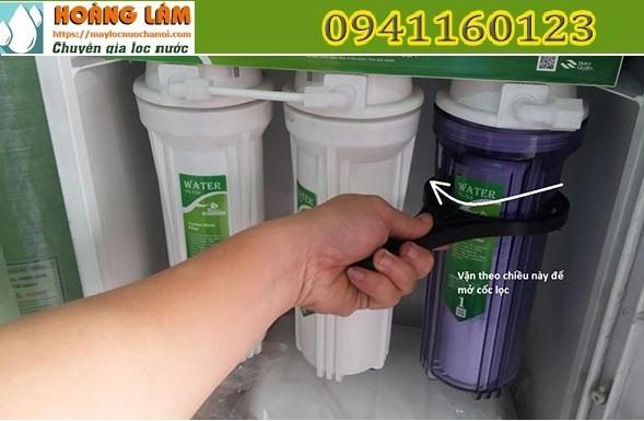 Thay lõi lọc nước tại nhà cho dòng máy RO